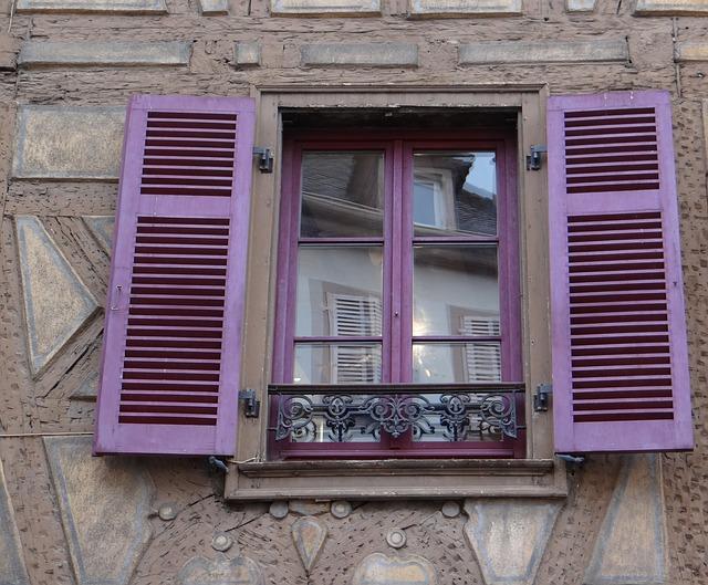 Piękna dekoracja okien