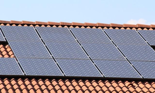 Wydajne panele słoneczne w dobrej cenie