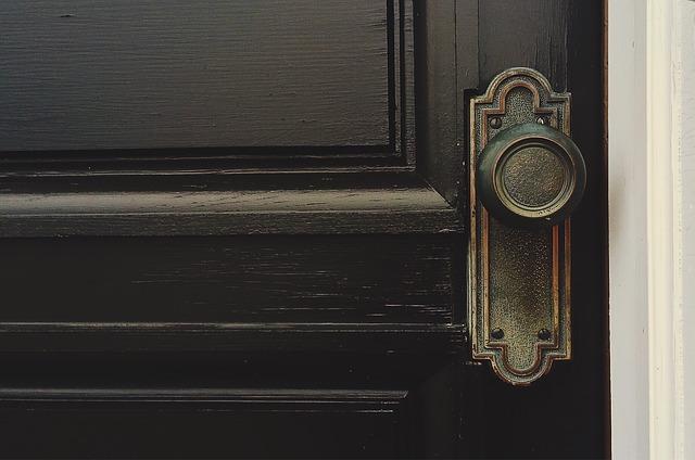 Przesuwne drzwi dźwiękoszczelne