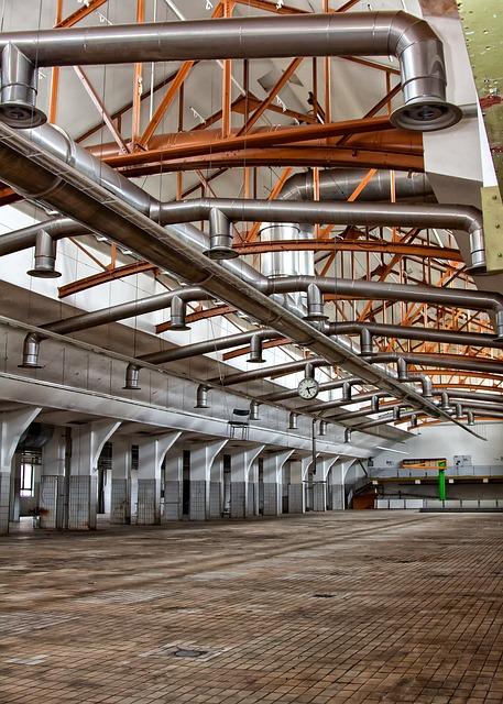 Renomowany producent hal stalowych