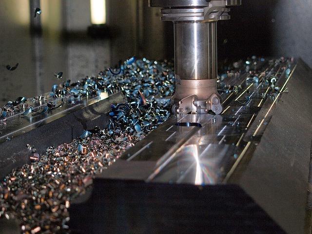 Czy warto jest stosować maszyny CNC?