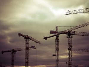 żurawie budowlane